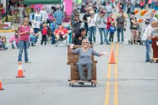 20161002-Chair Races-006